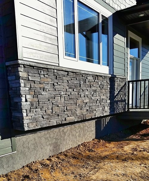 Halcyon Homes - Exterior Stacked Stone & Parging