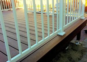 Custom composite deck, double border, white aluminum railing