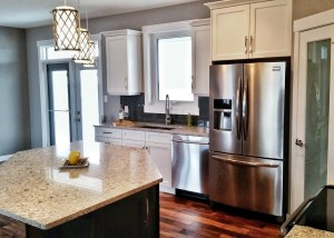 Halcyon Homes - Custom Kitchen 2