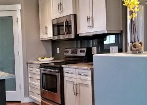 Halcyon Homes - Custom Kitchen 5
